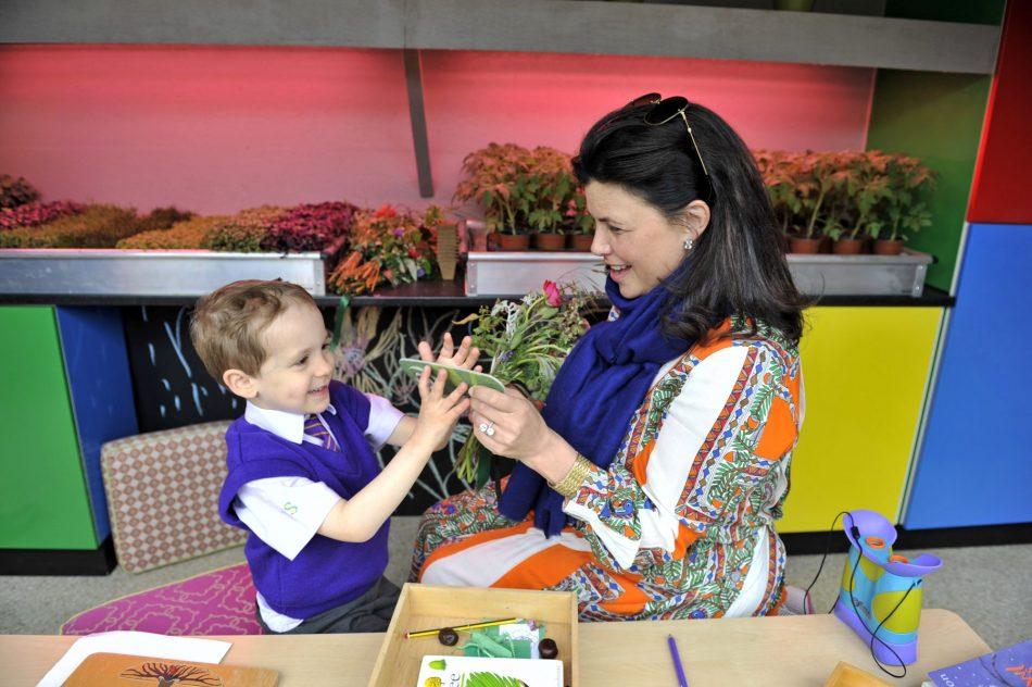 Cheslea Flower Show Resin Kirstie Allsopp